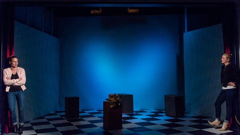 Theater Matte
